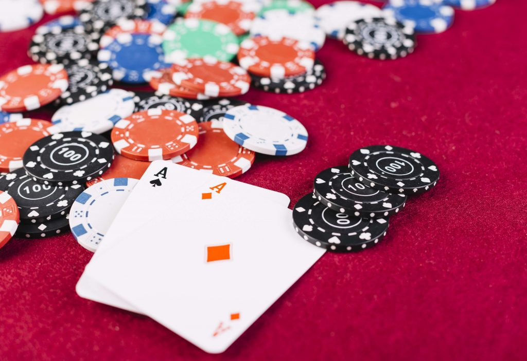 aces_and_casino_chips