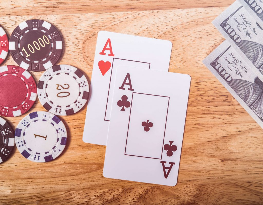 money_chips_cards